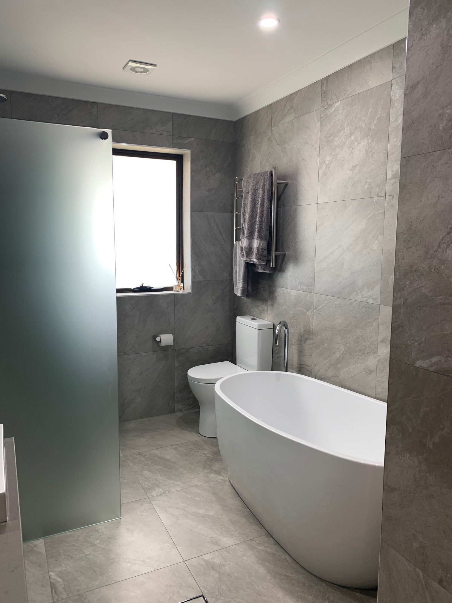 Bathroom completed with warmtech inscreed heating system