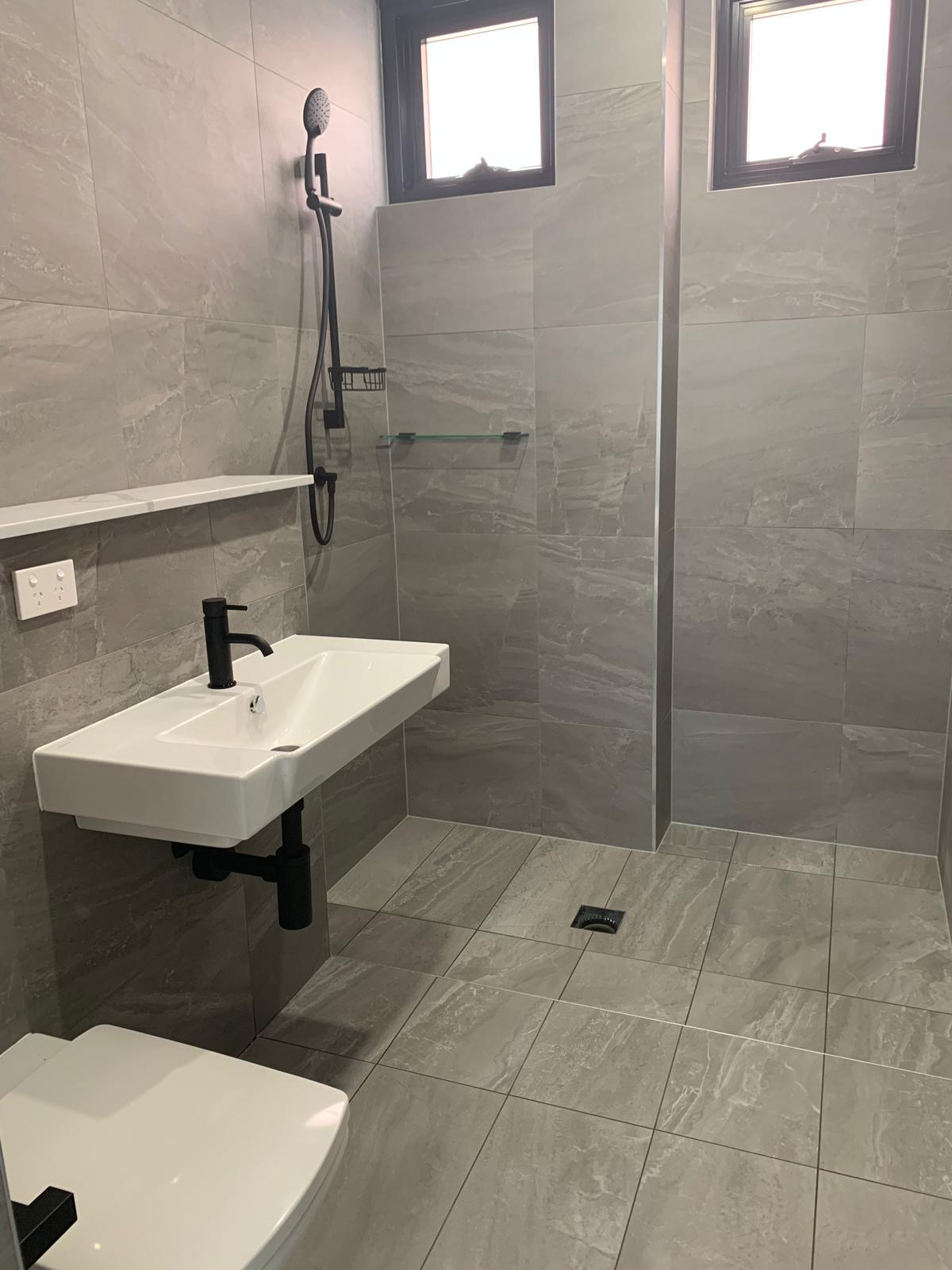 Bathroom basin area with Warmtech Inscreed heating system