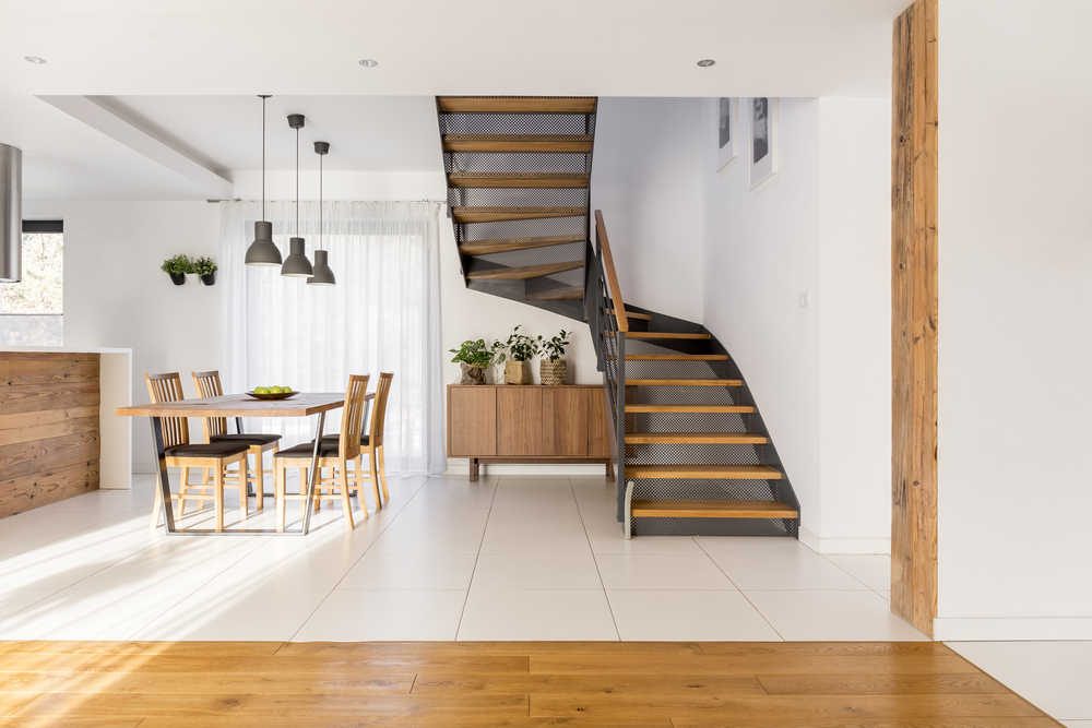 Dining room and stair case with general underfloor heating