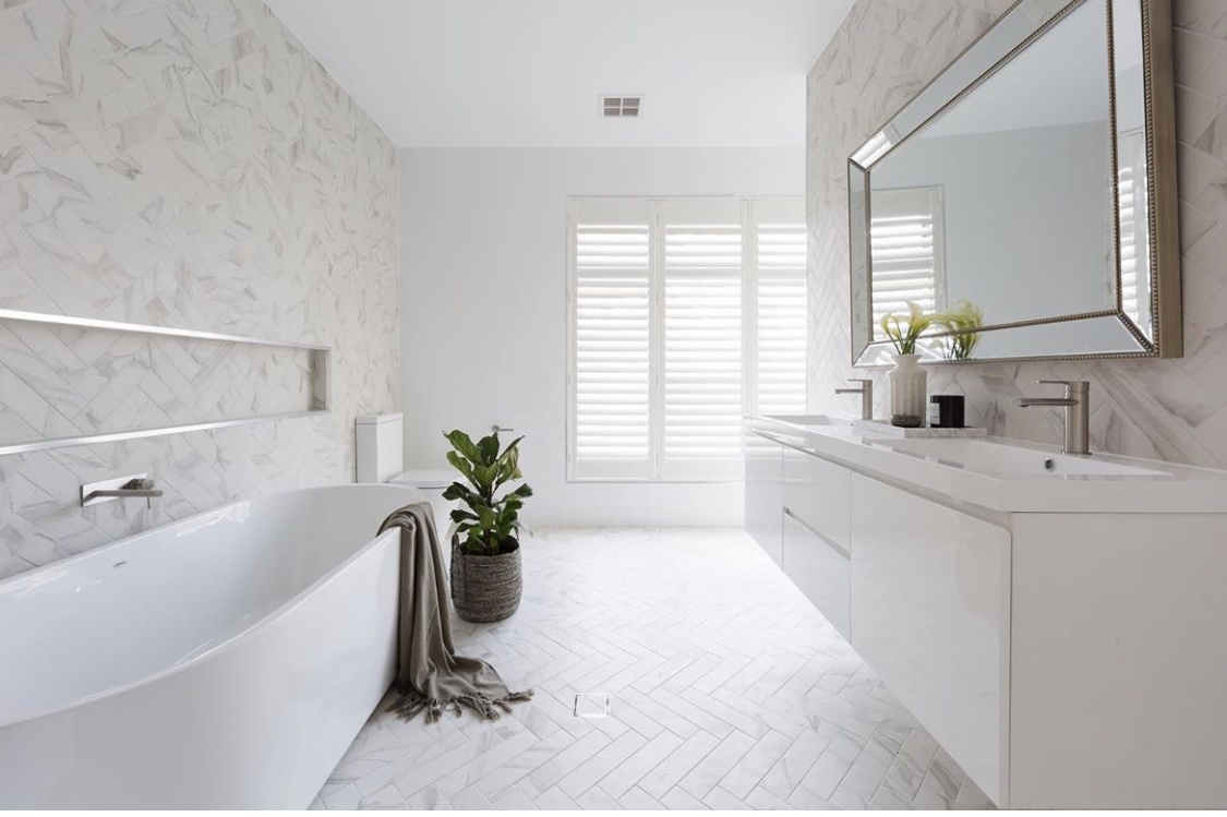White Bathroom with Warmtech Inscreed heating system